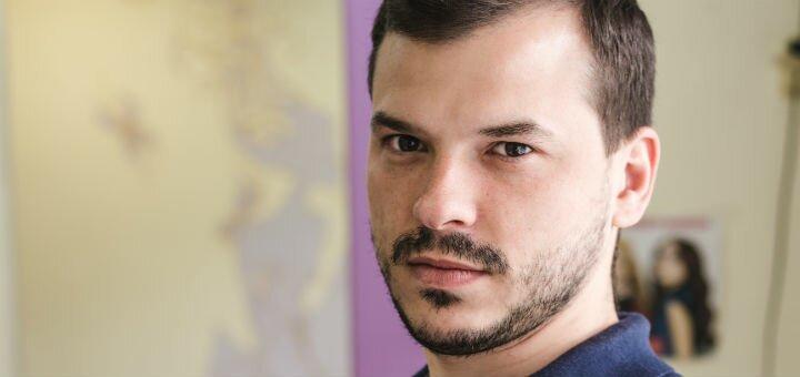 Мужская стрижка с укладкой, стрижка бровей и бороды от стилиста-парикмахера Игоря Малашкевича