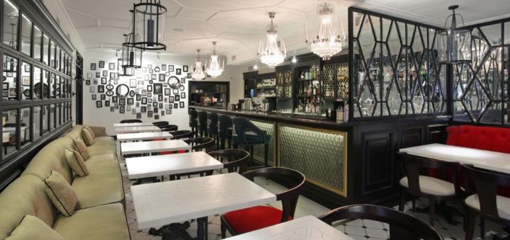Скидка 50% на меню кухни, суши-бар и пиццу в семейном ресторане «Mafia» на Житомирской