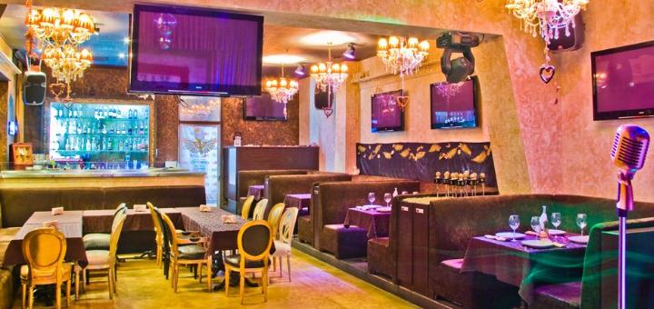 Скидка 50% на меню кухни в семейном ресторане «Mafia» в ТРК «Украина»