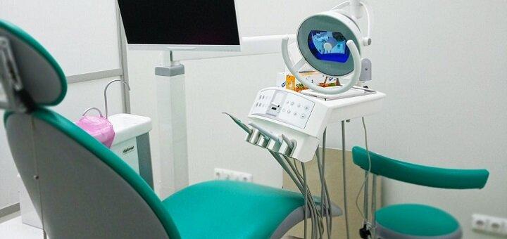 Скидка до 73% на установку фотополимерных пломб, лечение кариеса у доктора Калашникова Д.В.