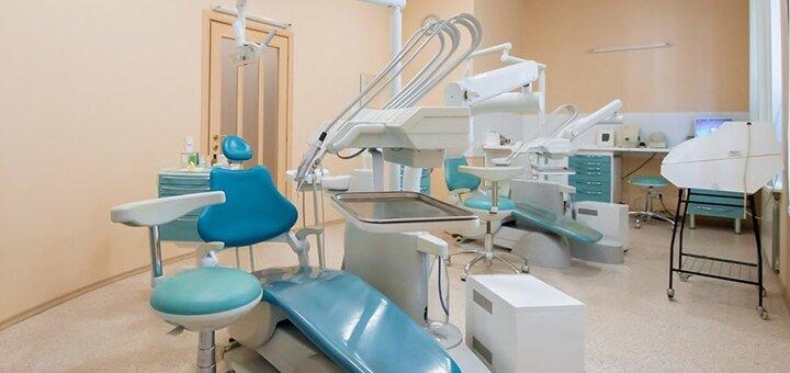 Лечение кариеса с установкой фотополимерной пломб в клинике «ДемАрк Дент»