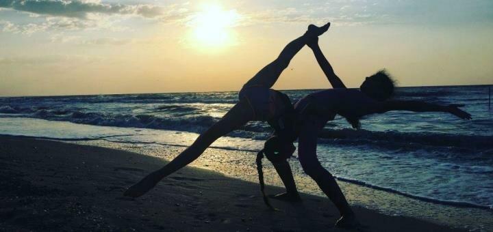 До 24 занятий стретчингом «Stretching adult» в школе фитнеса и танцев «Lysokon Dance Studio»