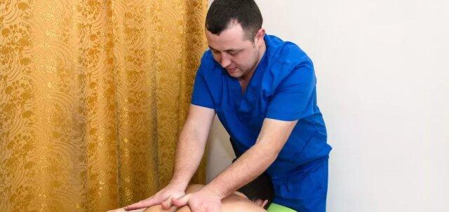 До 7 сеансов массажа спины, шейно-воротниковой зоны и рук в «Phyto barrel Massage»