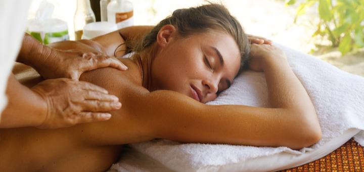 До 10 сеансов массажа спины и шейно-воротниковой зоны в кабинете массажа «ЗдОрово и ЗдорОво»
