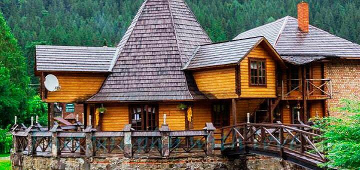 От 3 дней отдыха до конца осени в отеле «Колыба Колорит» в Татарове