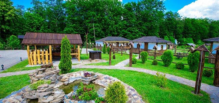 От 3 дней в комплексе отдыха с бассейном «Орлиное гнездо» в рекреационной зоне в Черновцах