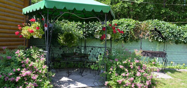 От 3 дней отдыха с полным пансионом в отеле «Галицький двір» на Шацких озерах