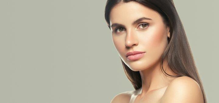 До 3 сеансов лазерного карбонового пилинга лица, шеи и декольте в центре красоты «Laser Med»