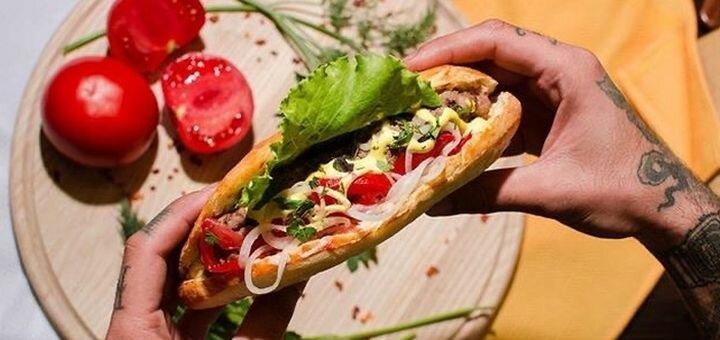 Скидка 40% на всё меню кухни и напитки с доставкой или самовывозом от фаст-фуда «Pub Kebab»