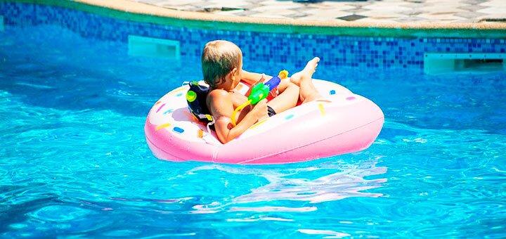 От 5 дней отдыха летом и в сентябре в отеле с бассейном «Пена» в Кирилловке на Азовском море