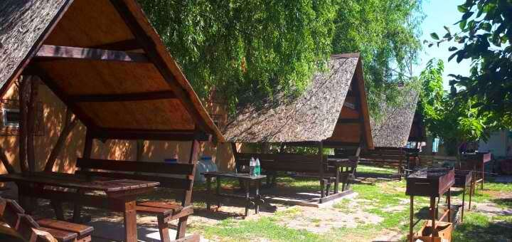 От 3 дней семейного отдыха в июле и августе в пансионате «Азимут» в ЖелезномПорту