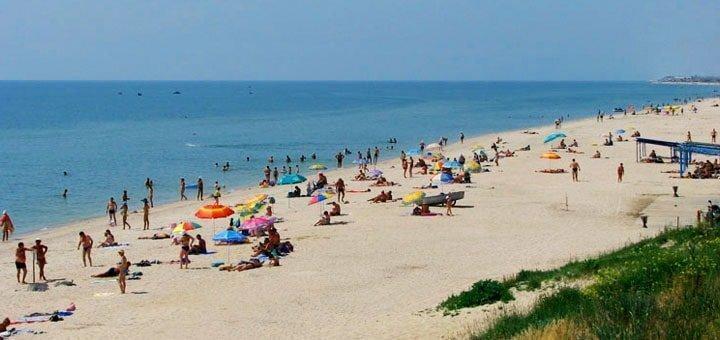 От 5 дней отдыха летом и в сентябре для компании в отеле «Aloha» в Кирилловке на Азовском море