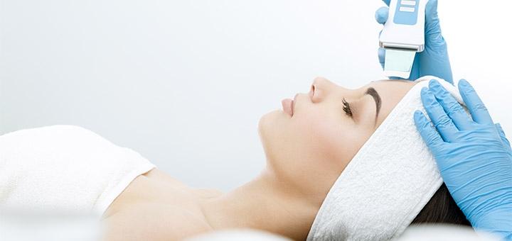 Скидка до 60% на УЗ-чистку лица с альгинатной маской от косметолога Ольги Токминой