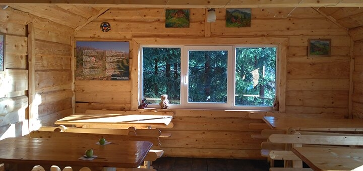 От 8 дней отдыха в домиках усадьбы «Аляска» в Карпатах