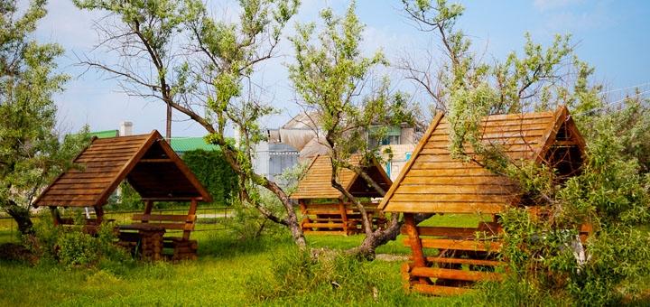 От 2 дней отдыха в июне и сентябре на базе отдыха «Лоцман» на первой линии в Бердянске