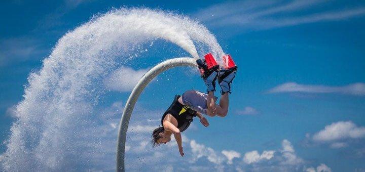 10, 20 или 30 минут полета на флайборде с инструктажем от компании «Flying Pro»!