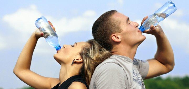 2, 4 или 10 бутылей структурированной воды с бесплатной доставкой домой или в офис от компании «Aqua Way»!