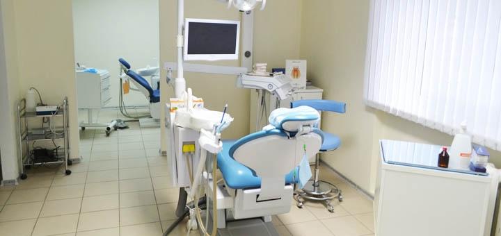 Ультразвуковая чистка зубов и Air-Flow с глубоким фторированием в стоматологии «Dental-Club»