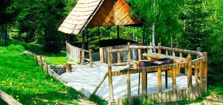 От 3 дней отдыха летом и в сентябре с питанием в отеле «Дзвінка» в Славском