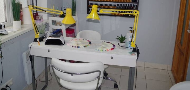 Наращивание ногтей гелем и маникюр с покрытием гель-лаком в салоне «Master beauty HUB»