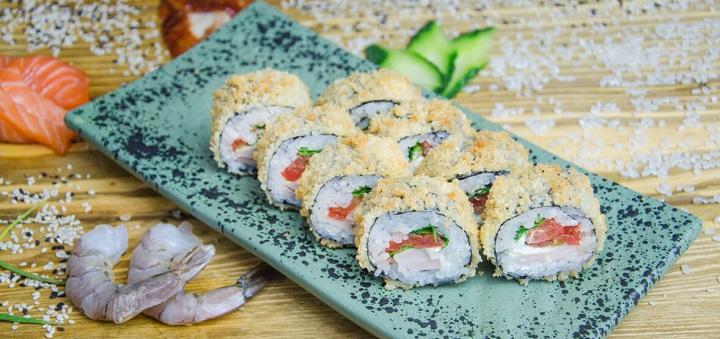 Скидка 50% на все меню горячих роллов от онлайн-ресторана «Холодильник»