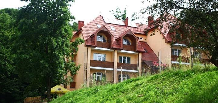 От 3 дней отдыха в отеле «Гортензия» в Поляне на территории санатория «Поляна»