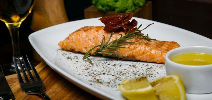 Знижка 40% на все меню кухні на самовиніс у ресторані «TheМ'ясо»