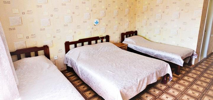 От 3 дней отдыха в июне и сентябре в отеле «Ирина» в Грибовке на Черном море