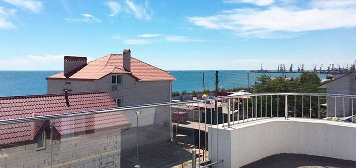 От 4 дней отдыха в сентябре в гостевом доме «White House» в Бердянске на берегу Азовского моря