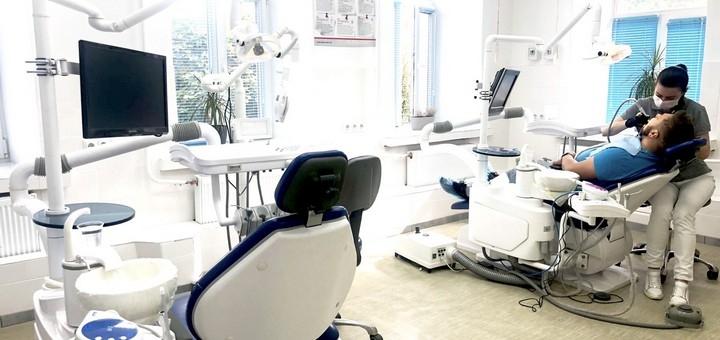 Скидка до 42% на установку циркониевых коронок в стоматологической клинике «LoveStom»