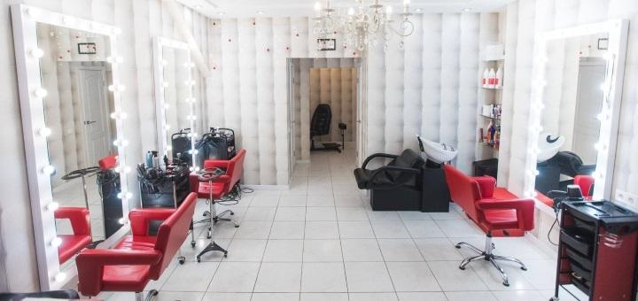 Корекція та фарбування брів, вій у салоні краси Володимира Кульбацького