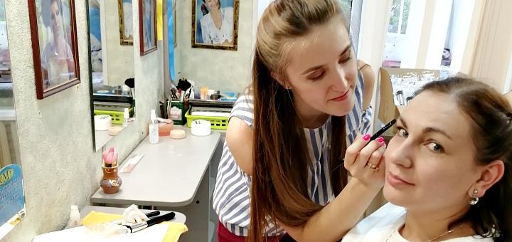 Практический мастер-класс по вечернему и праздничному макияжу в студии визажа Ирины Лесовой