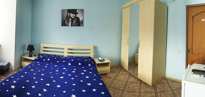 От 3 дней отдыха в сентябре в отеле «NaAzove» на первой линии моря в Бердянске