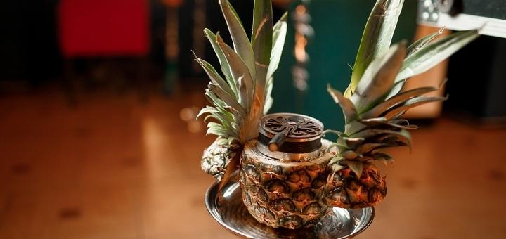 Кальян и заварник чая в ресторане-караоке «Fasol»