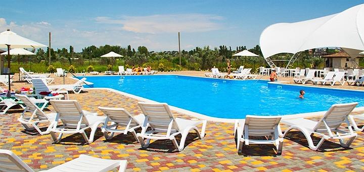 От 3 дней отдыха в сентябре в апартаментах II в гостиничном комплексе «Promenad II» в Затоке