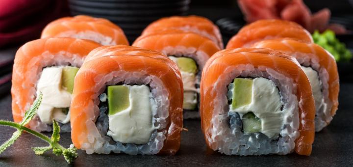 Скидка 50% на меню кухни, суши-бар и пиццу в ресторане «Mafia» в ТЦ «Квадрат»