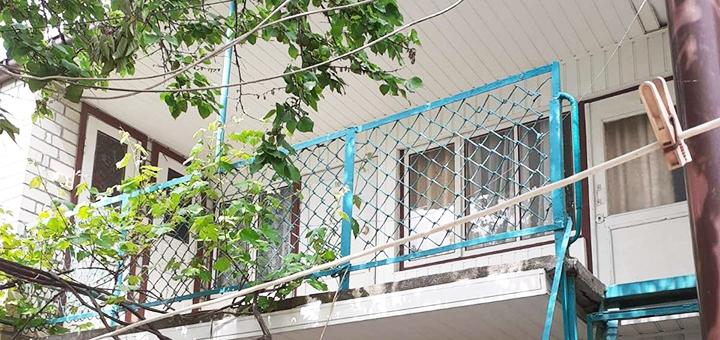 От 3 дней летнего отдыха в гостевом доме «У Нины» в Геническе на Азовском море