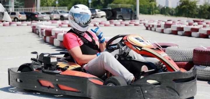 Скидка до 40% на заезды на картинге в картинг-клубе «SkyMall Karting Kiev»
