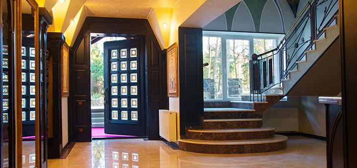 Загородная романтика! От 4-х дней для двоих в отель&резорт «Шервуд» в Львовской обл! Питание, SPА, езда верхом и пр!