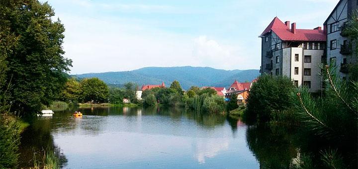 От 3 дней летнего оздоровительного отдыха в отеле «Эдельвейс» в Поляне