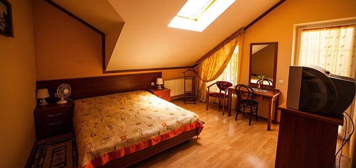 От 3 дней отдыха в июле с завтраками в отеле «Вилла Марта» в центре Трускавца