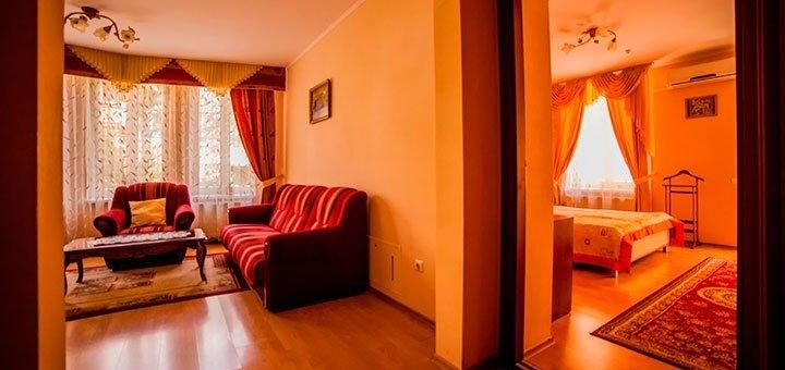 От 3 дней отдыха с трехразовым питанием в отеле «Вилла Марта» в центре Трускавца