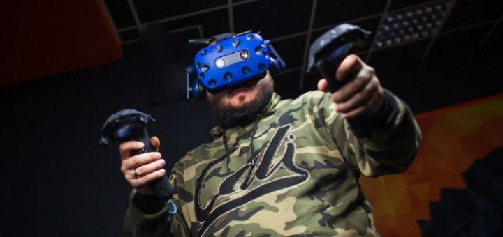 Скидка 50% на час игры в виртуальную реальность для одного или двоих от клуба «Black fox»