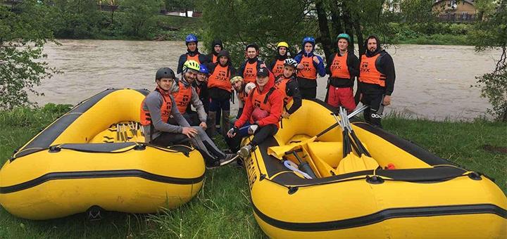 Рафтинг по річкам Опір та Стрий від туристичного клубу «Зух»