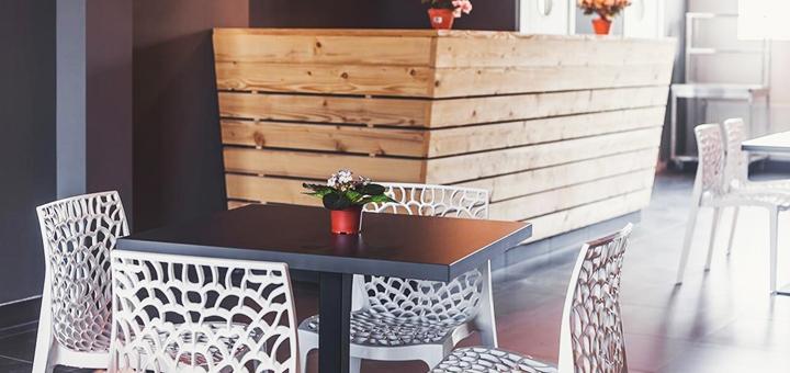 От 2 дней осеннего отдыха с завтраками в отеле «Raziotel Marenero» в Одессе