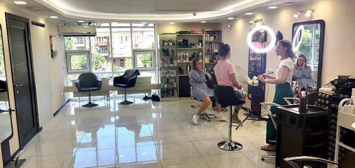 Перманентный макияж «Межресничный контур» в «The beauty space»