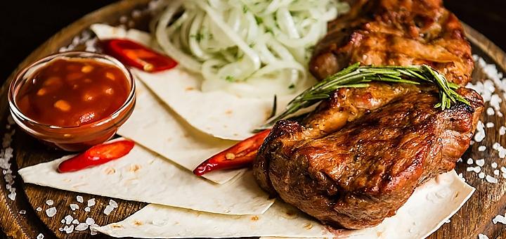 Скидка 30% на все меню кухни и бара в ресторации «Чорне Порося»