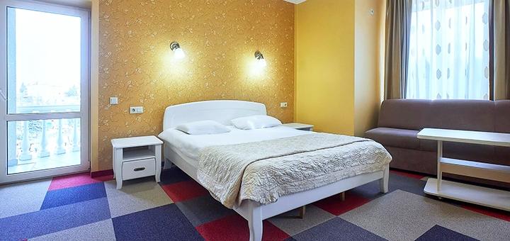 От 3 дней отдыха и оздоровления с питанием в отеле «На горизонті» в самом сердце Трускавца