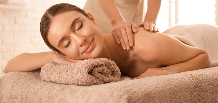 До 7 сеансов общего оздоровительного массажа в массажном кабинете «Гармония-бьюти»