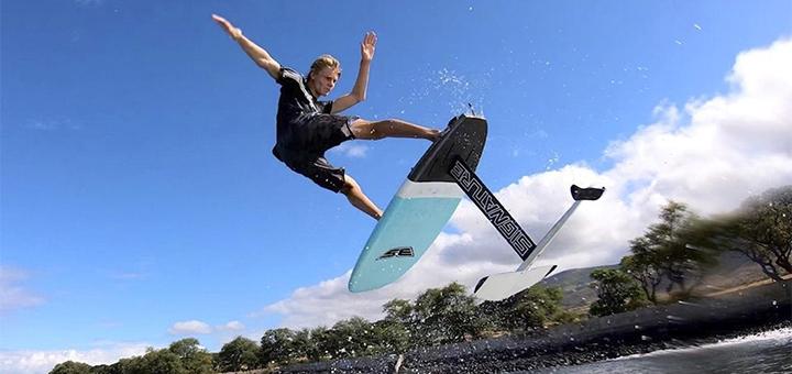 Скидка 30% на первое занятие фойл-сёрфингом от школы «Hydrofoil School»
